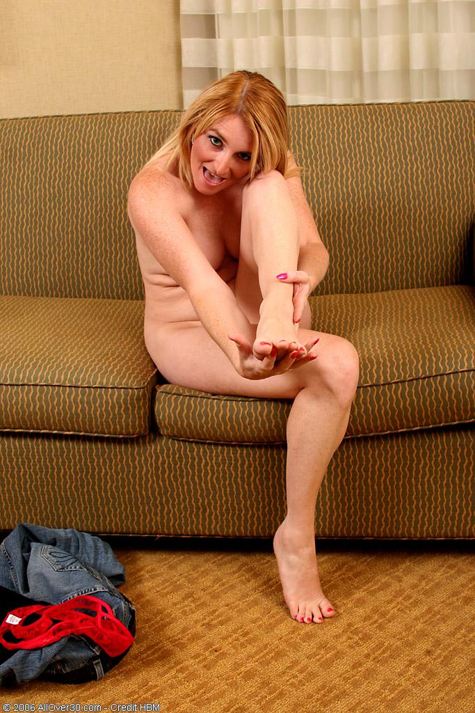 ножки голой милашки фото
