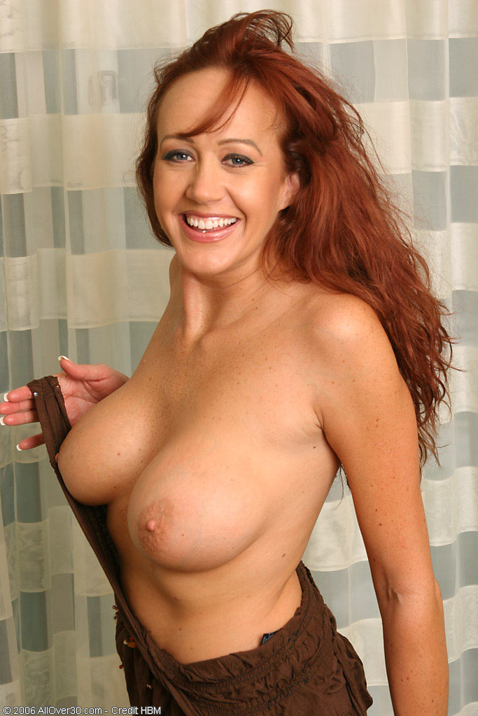 Stripping solo older milf tubes