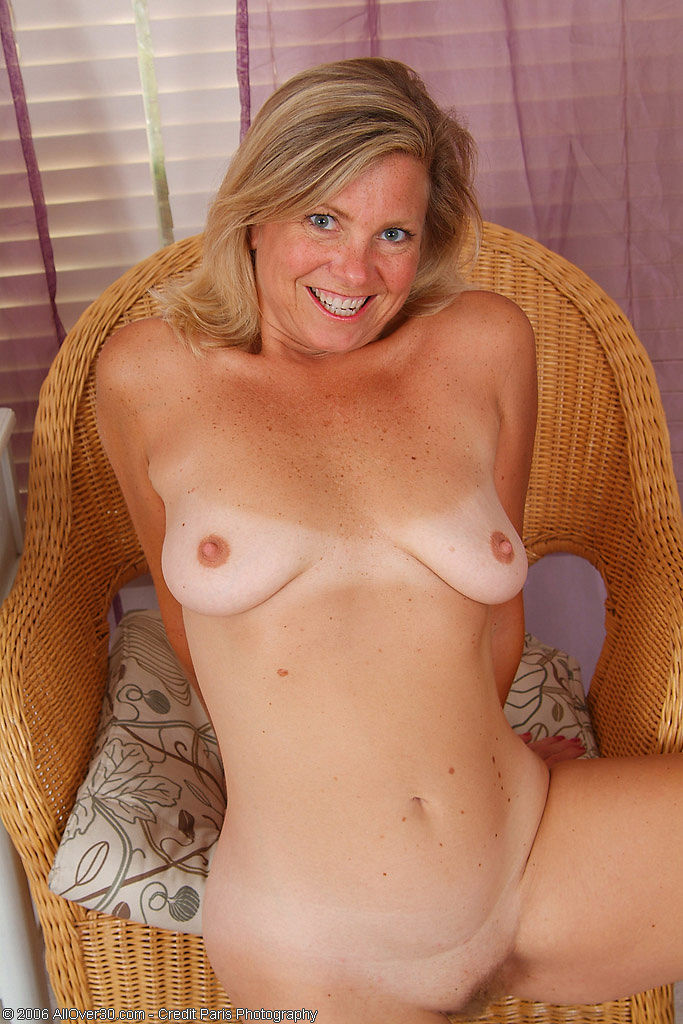 30 year old milf riding my young cock 4