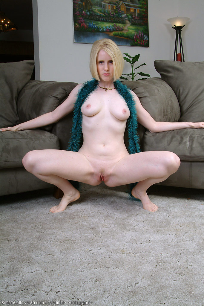 skinny italy girls with large pussy