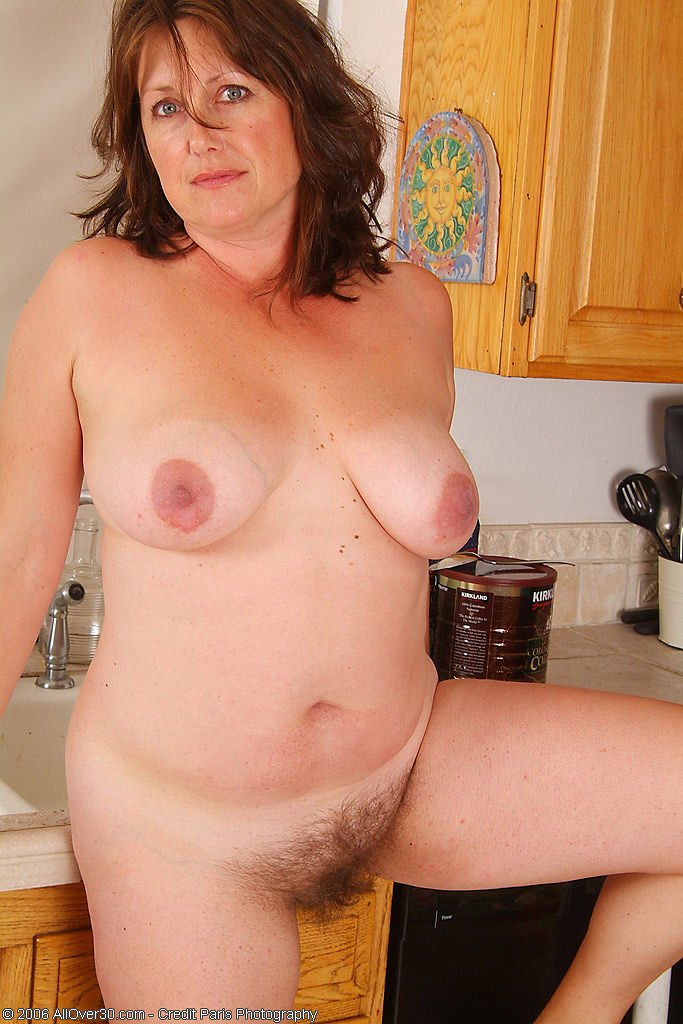 Juicy chubby with big natural tits pleasing herself 4