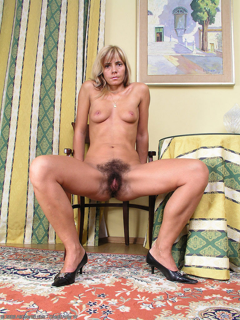 monica very hairy sex