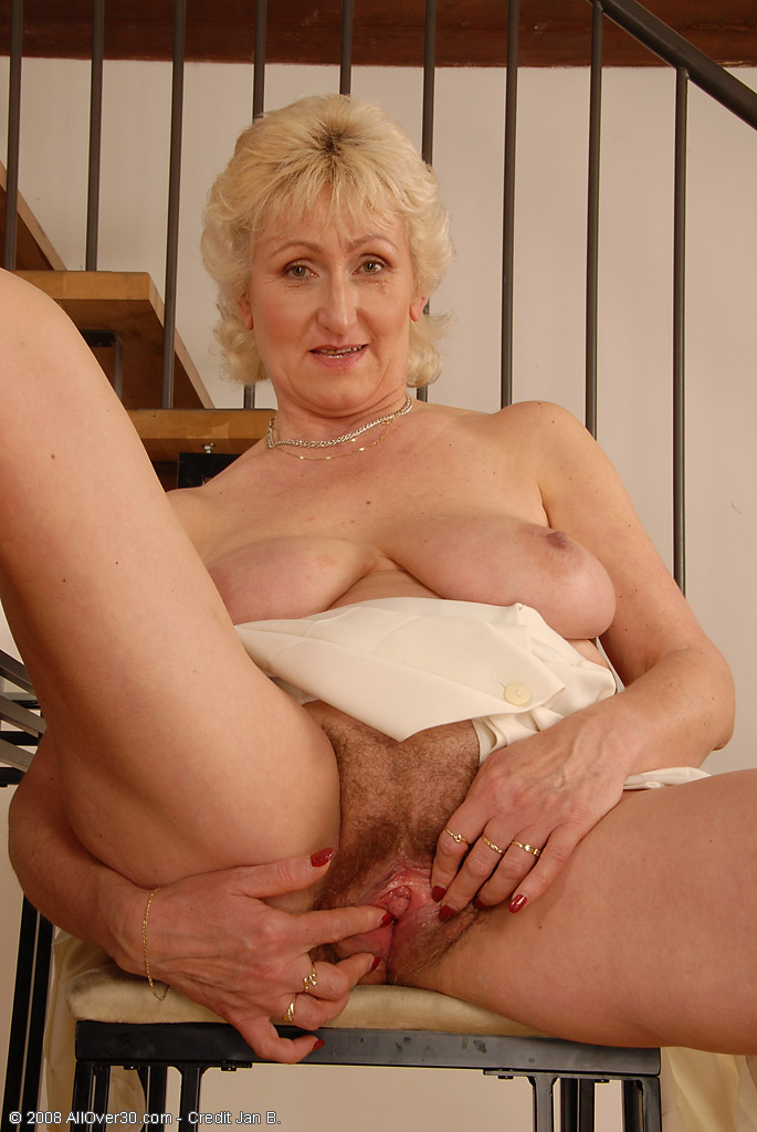 порно фото бабушек нимфоманок