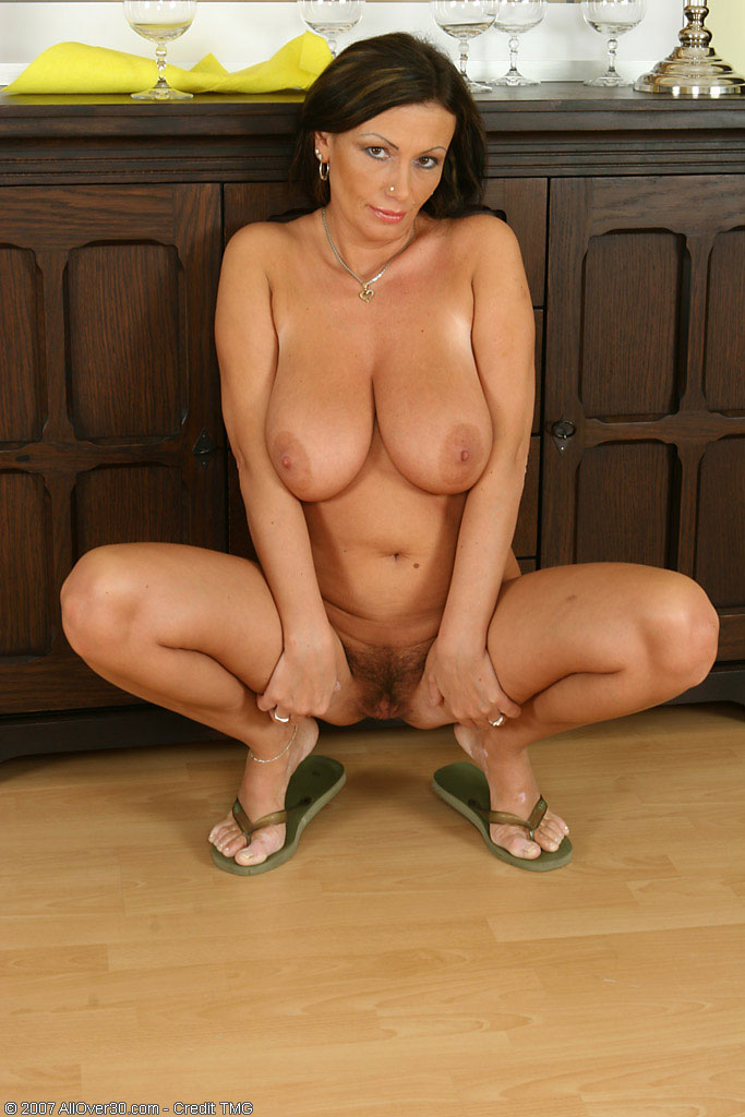 Free hot milf galleries