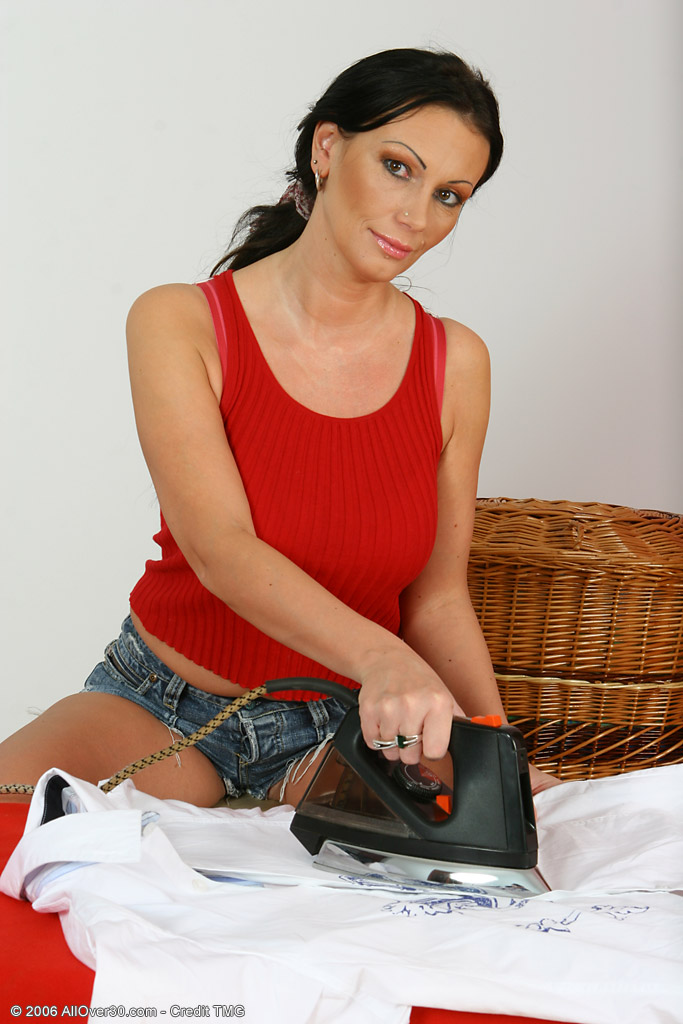 Sandra - Housewives - 02 from AllOver30