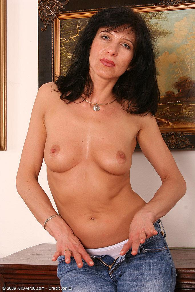 hot old brunette nude