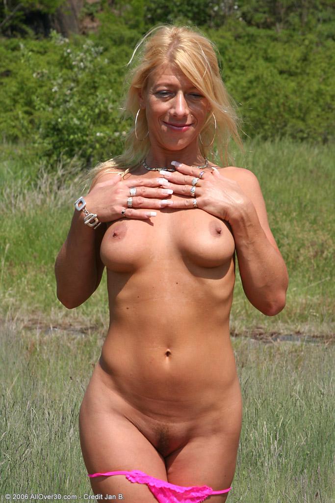 фото голых бабенок