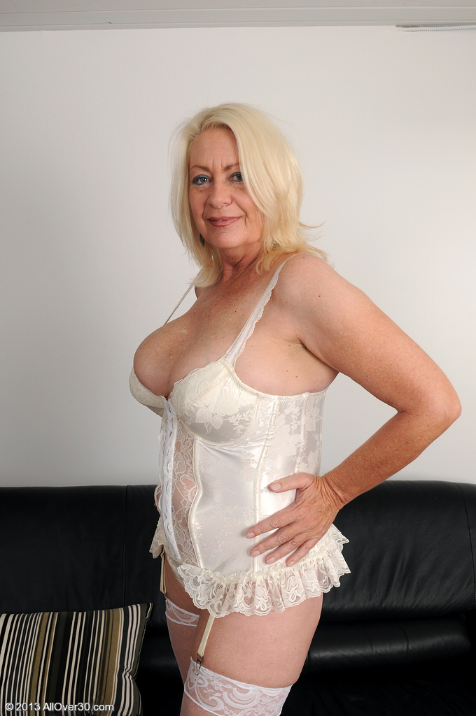 Angelique from AllOver30