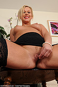 Anna Joy got some nice milf meat flaps from All Over 30