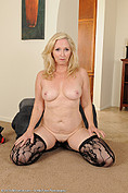Annabelle  is a 57 YO hotty from All Over 30