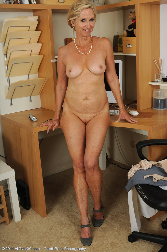mature amateur office porn