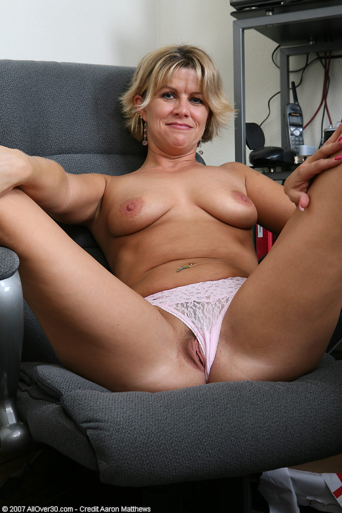 89 adult gallery