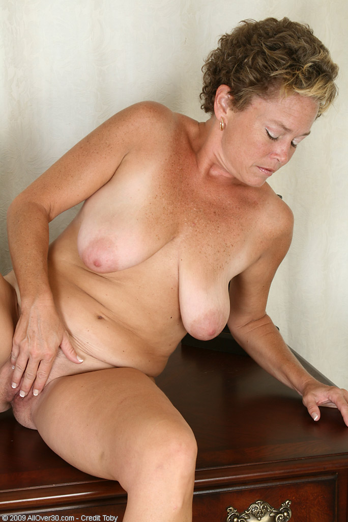 42 year old milf goes crazy for my young cock 9