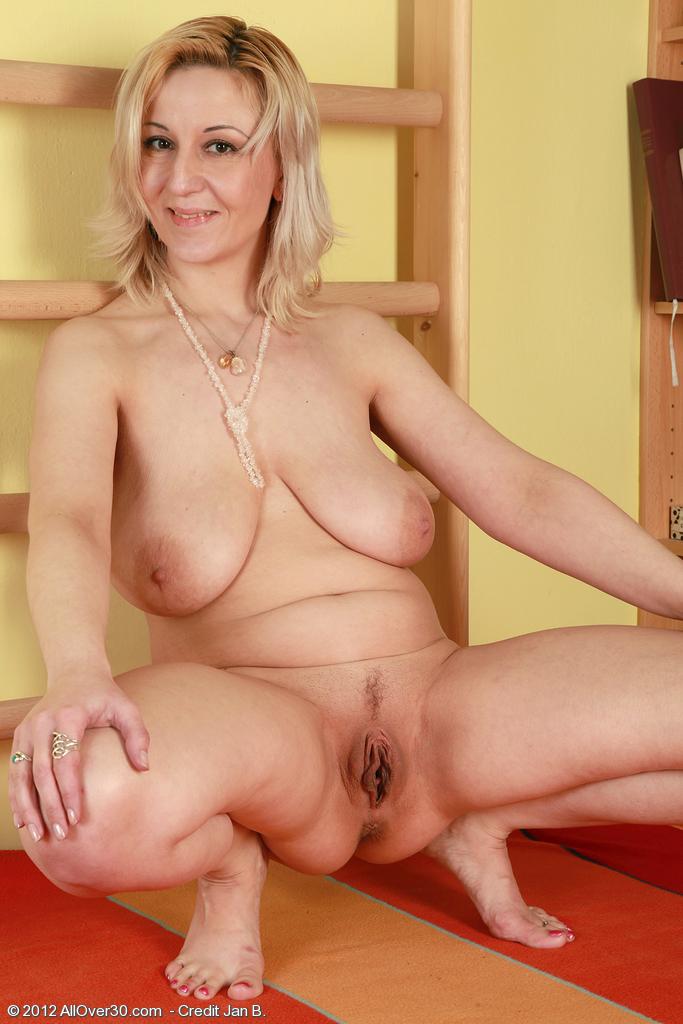 фото голых мамычек за 30 лет
