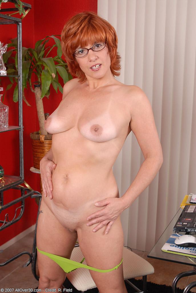 бесплатно фото голые рыжие мамаши