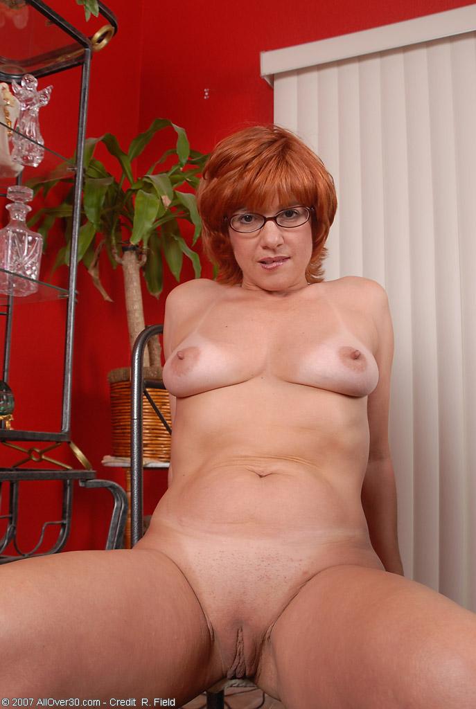 Рыжие зрелые порно 22 фотография