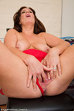Carol Foxwell got a hot milf pussy from All Over 30