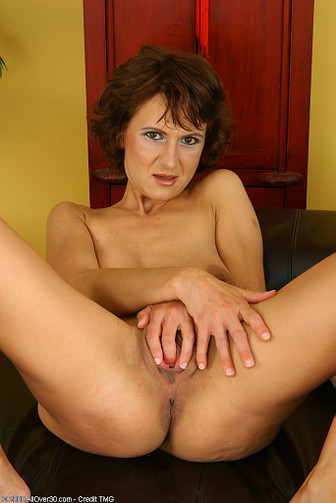 Roxanne pallett boob job