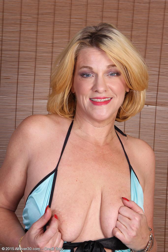 Pornstar britney nude