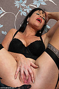 Elise Summers is totally a hot mature babe from All Over 30
