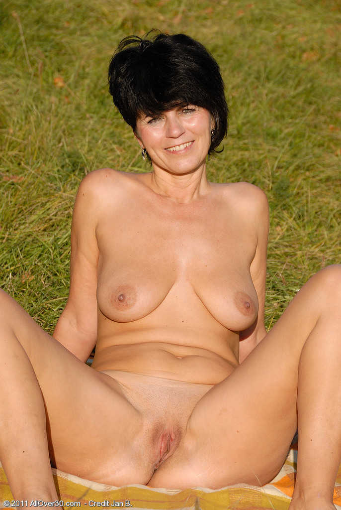 With you Naked year old milf pics message removed