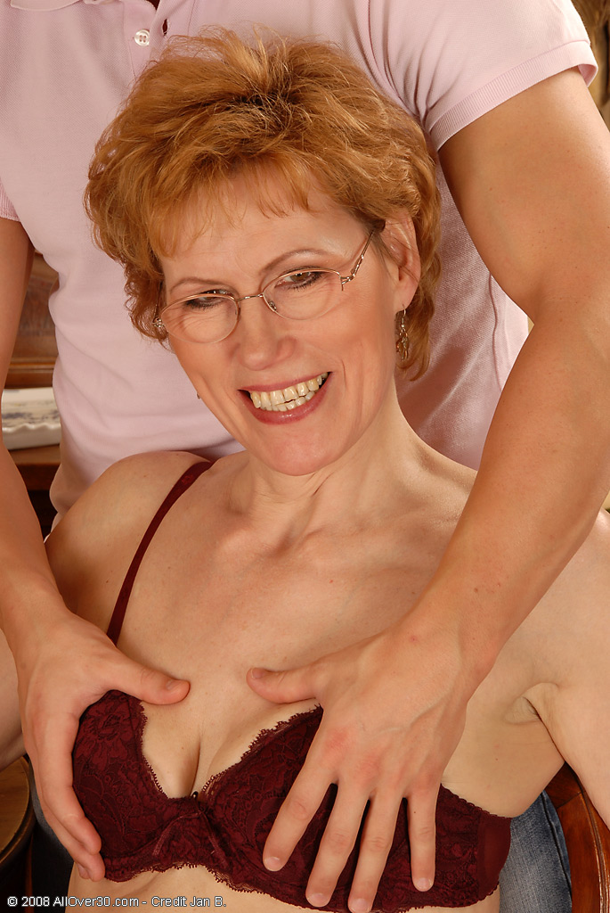 51 year old granny with leaking nipples and dripping pussy 2