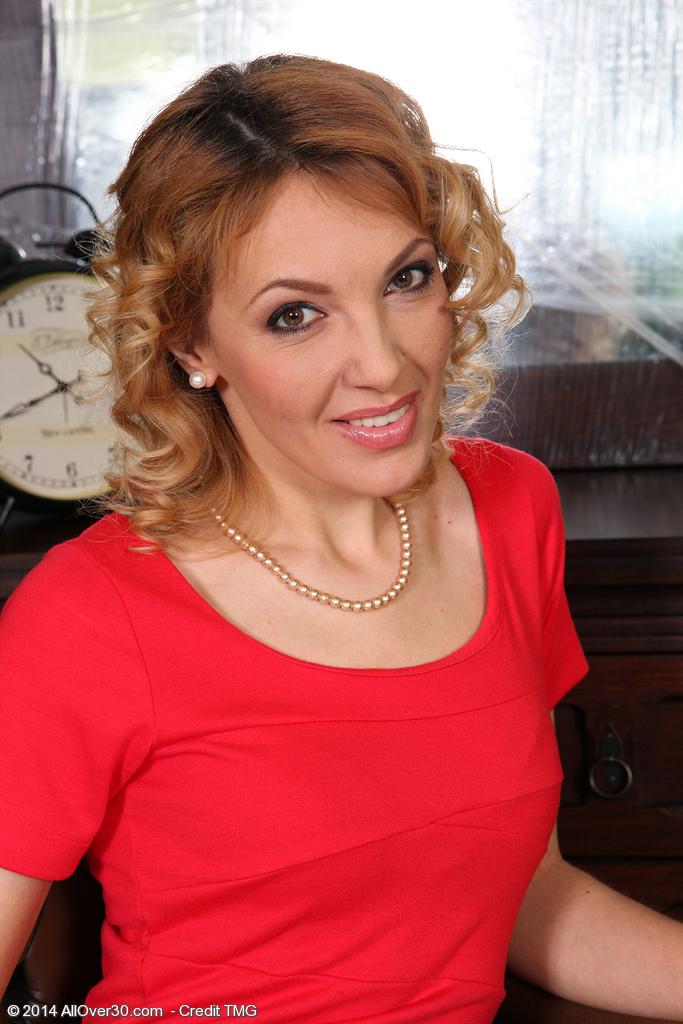 Gina Monelli from AllOver30
