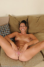 Hailey Murphy Hailey Murphy is a milfster from All Over 30