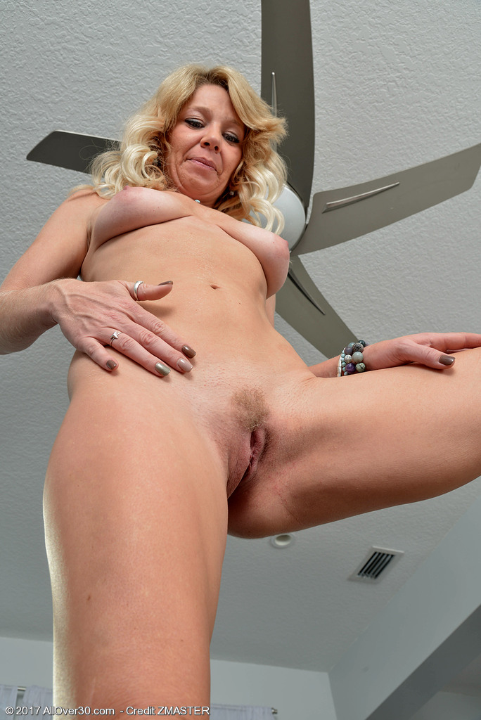 AllOver30 Harley Summers Picture 14