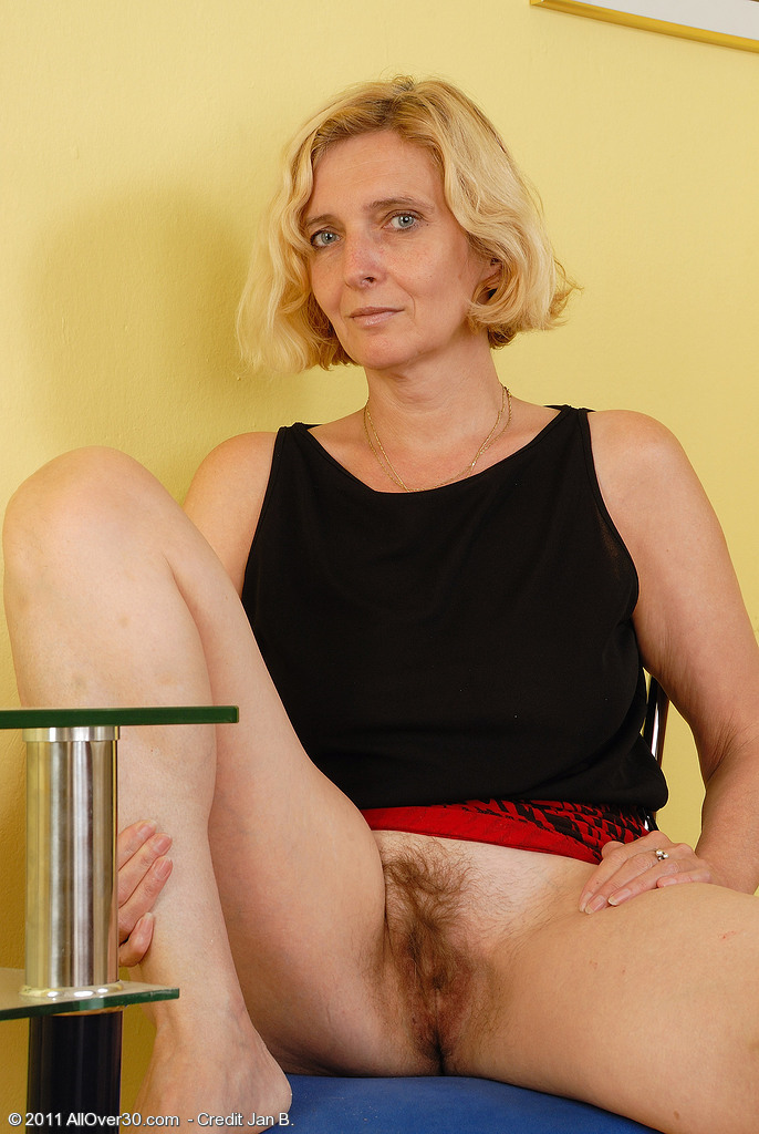51 year old granny with leaking nipple and dripping pussy masturbates 4