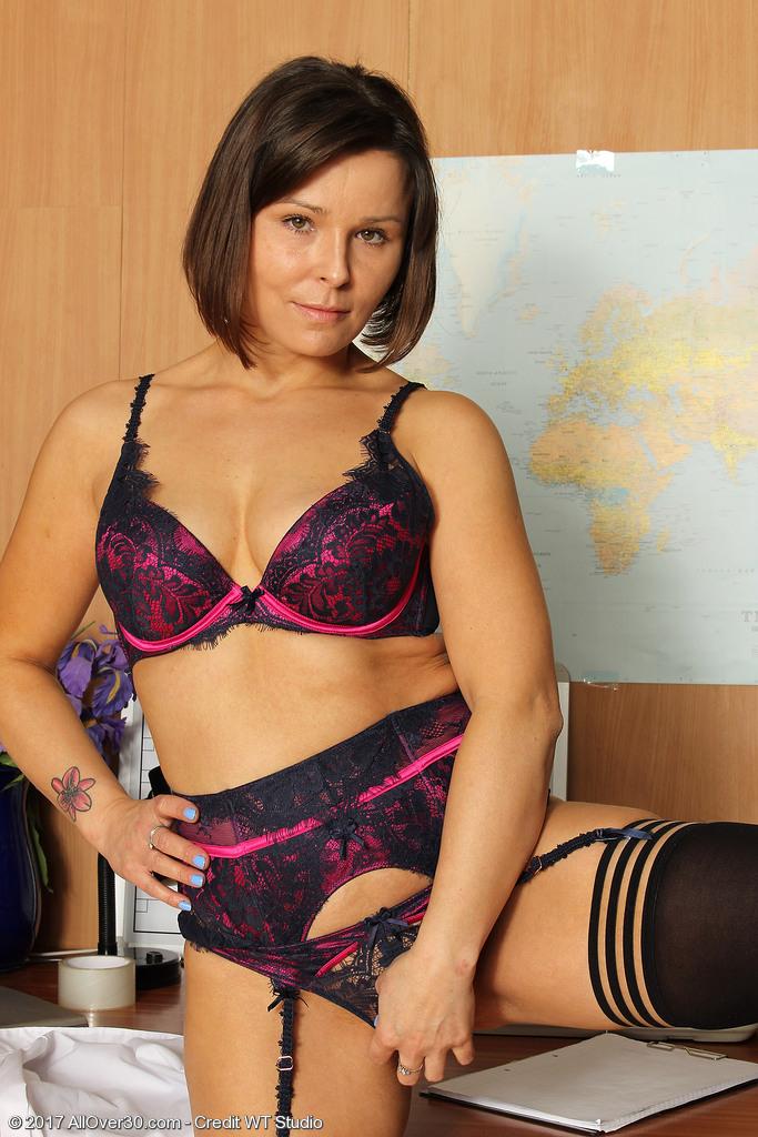 sexy busty nude porn gifs