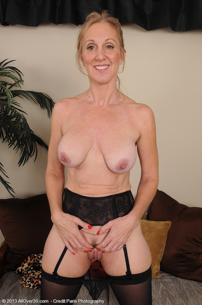 jena sex milf club