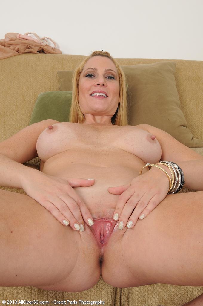 naked Jennifer mature