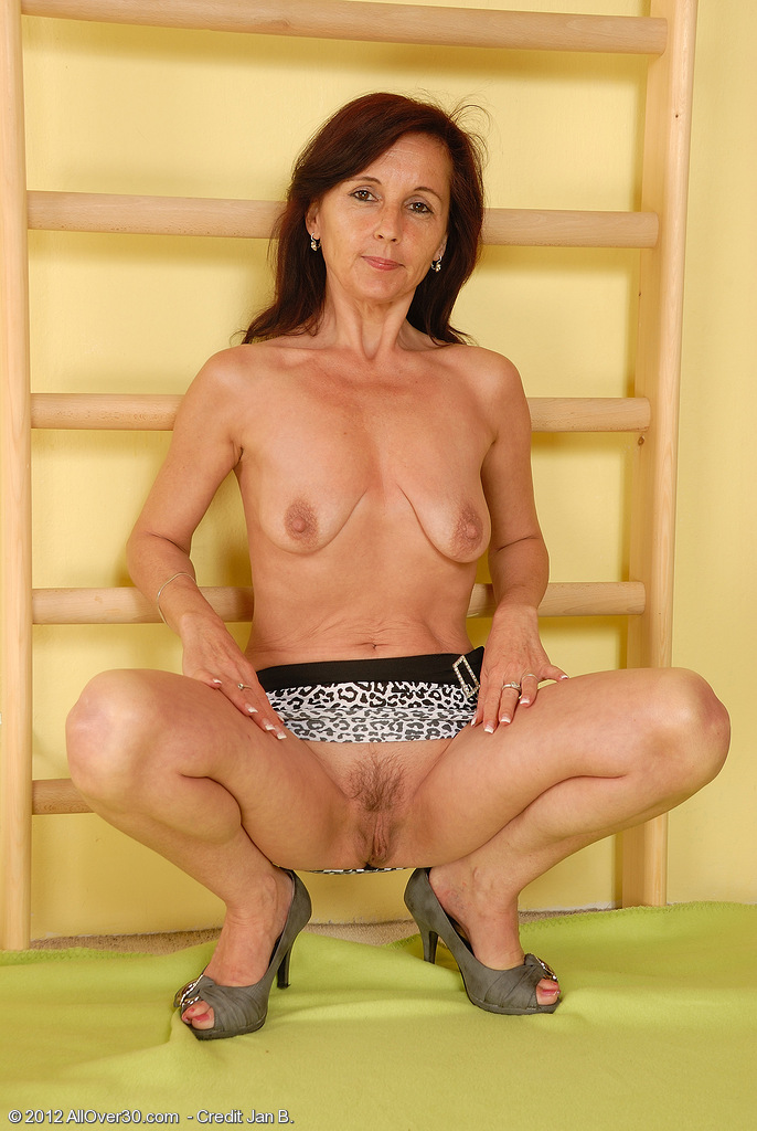 46yr old german mom in first time porno casting 10