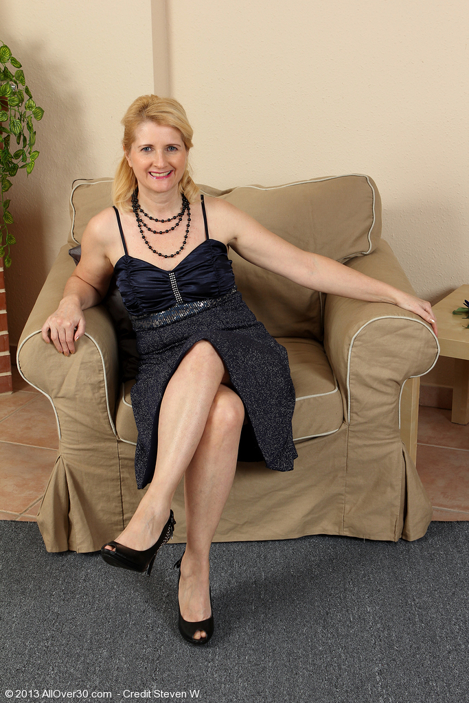 alto pass mature women personals Carbondale's best 100% free mature women dating site meet thousands of single mature women in carbondale with mingle2's free personal ads and chat rooms our network of mature women in carbondale is the perfect place to make friends or find an mature girlfriend in carbondale.