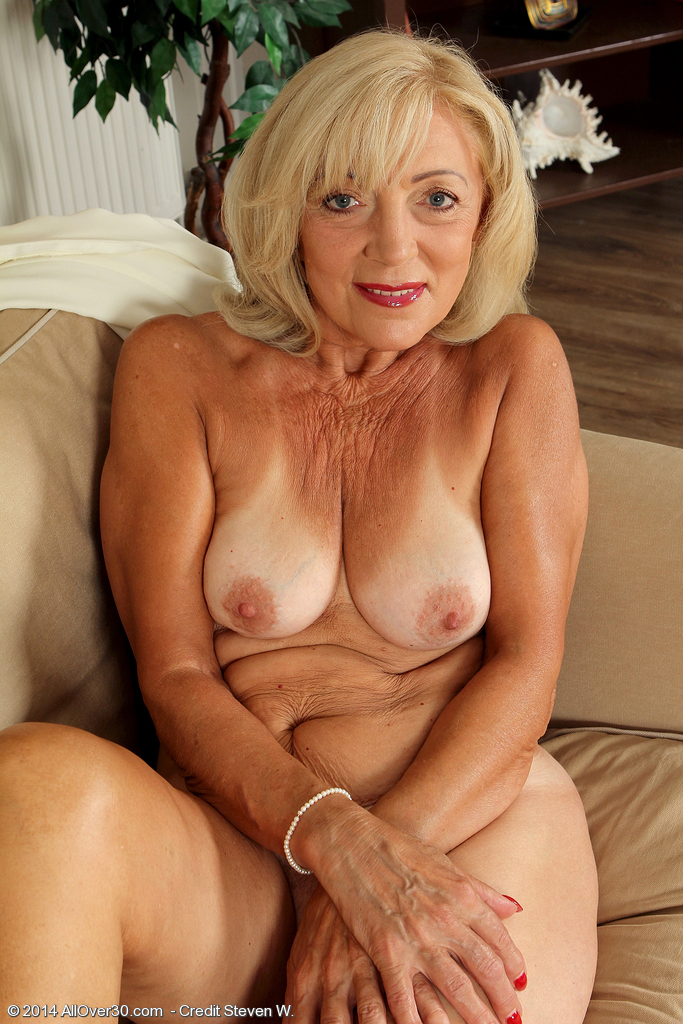60 Year Old Pussy Women - 65 Year Old Milf Amative For Romanticallover30 Kamilla Picture 13