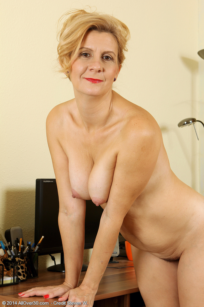 High quality nude women over 30 Thanks!