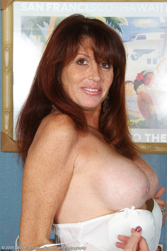 Redhead mature mom sex