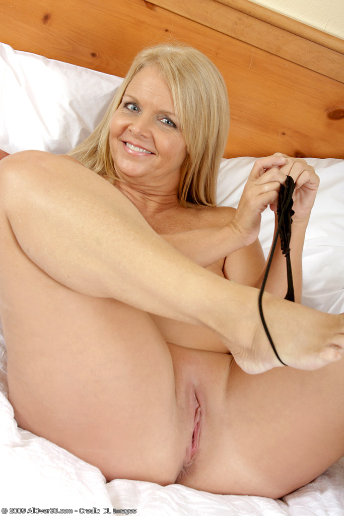 Want smell 50 year old milf pictures