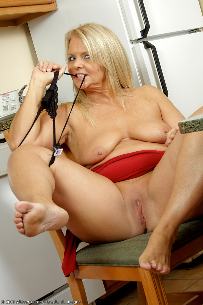 Kelly the milf blog