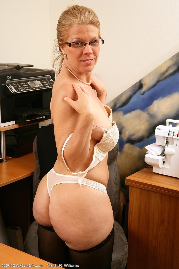 Mom Anus massage 2010 jelsoft enterprises ltd