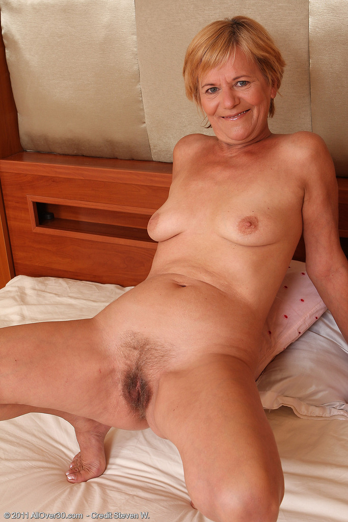 Blond married slut that i met on cl while husband at work
