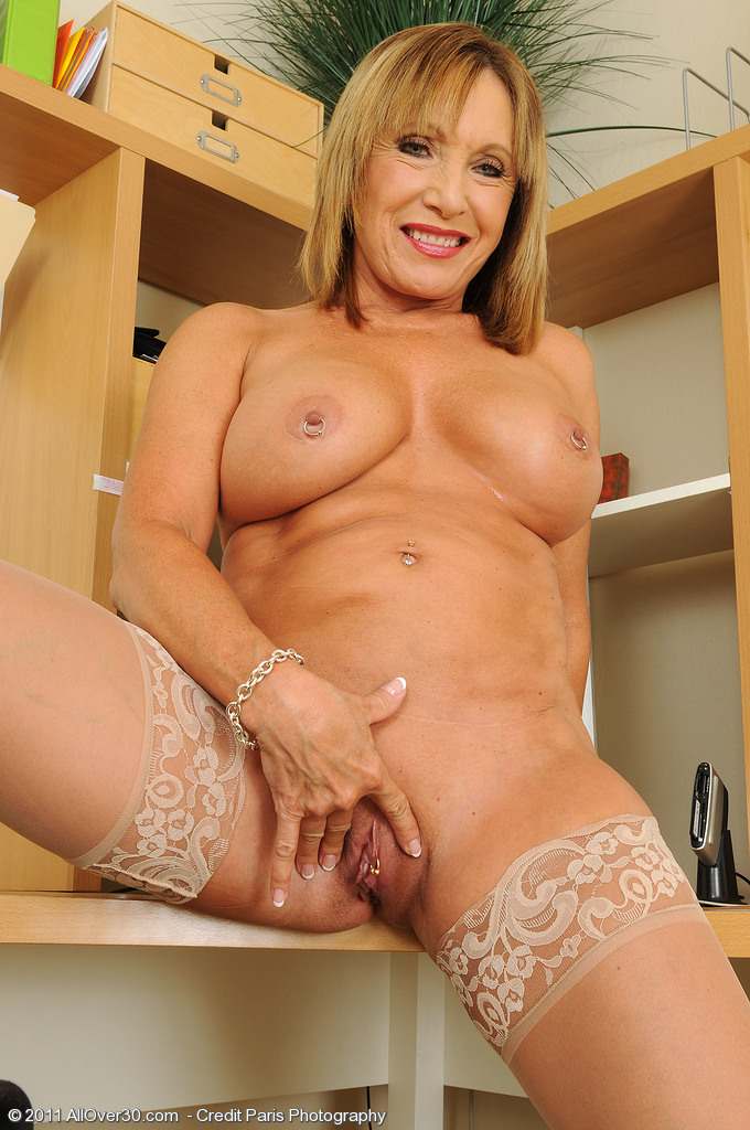 Sexy over 40s milf lizzy tight ass hole Part 9