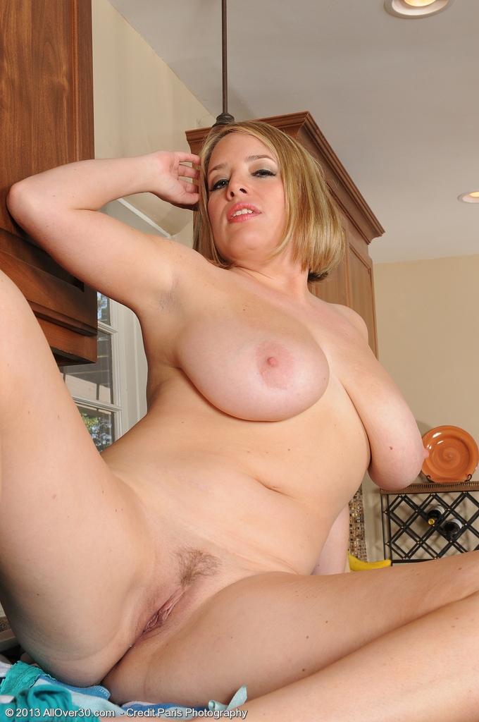 Mature Nude Tits Over 30