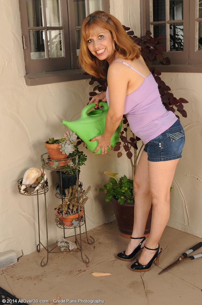 Marissa from AllOver30