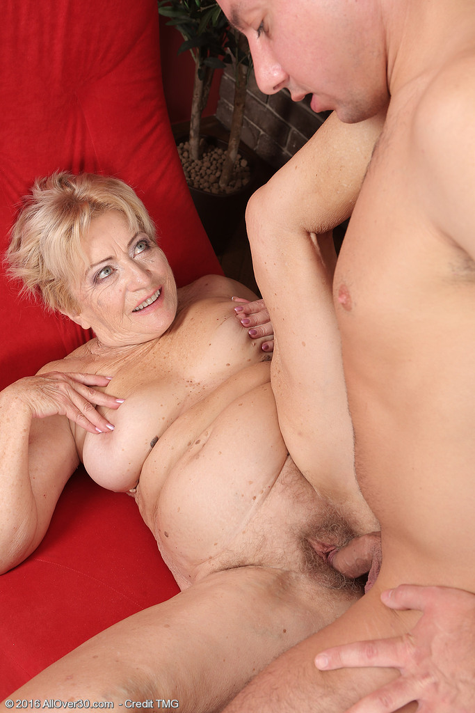 Nude Girl Sex – June 18 – AllOver30.com