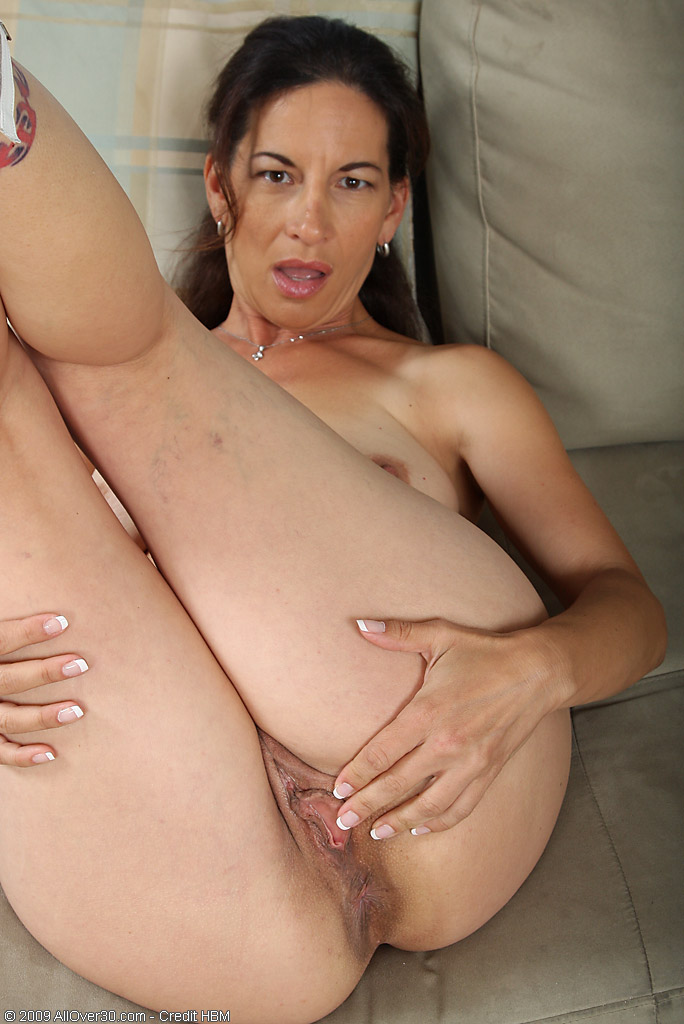 Melissa milf midgets