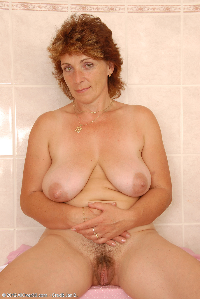 Dusty recommend Plus size bikini girls