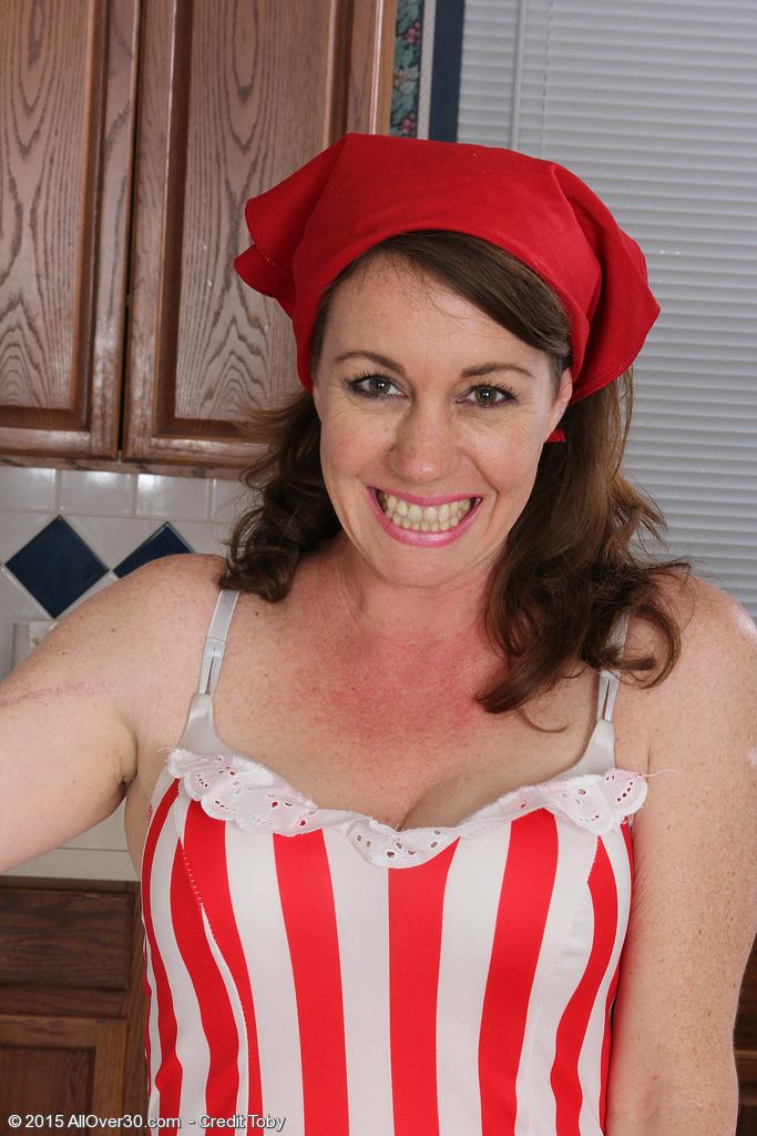 Molly Golly from AllOver30