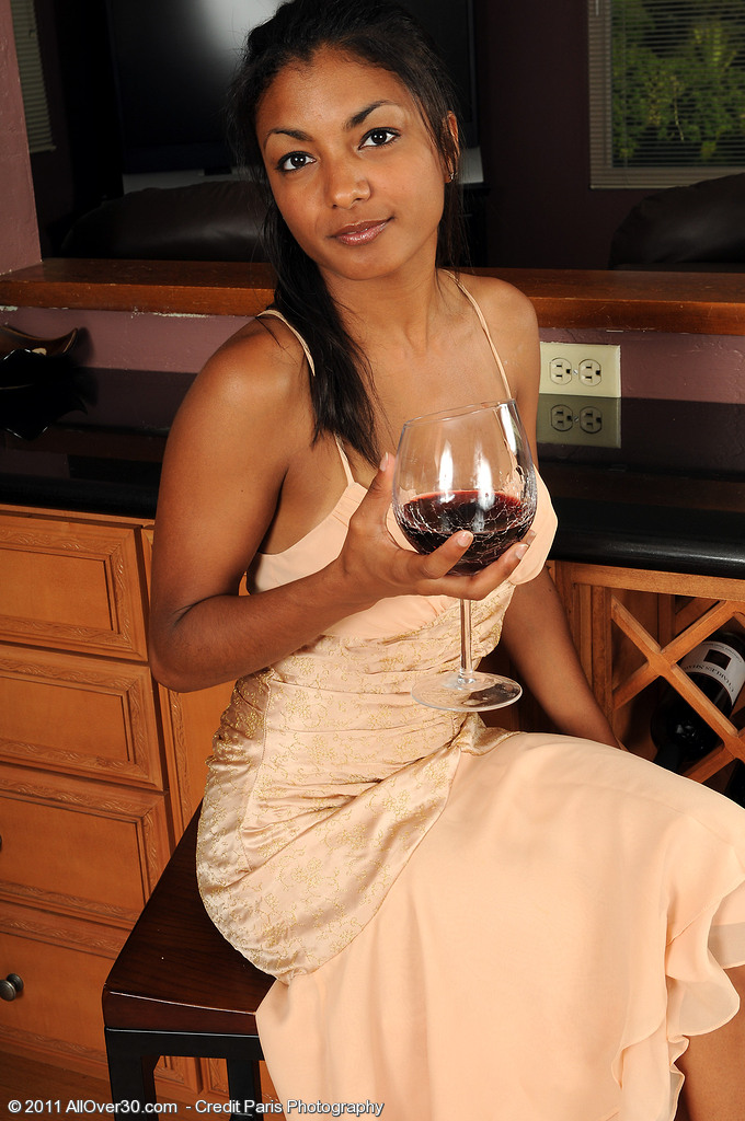 Neela from AllOver30